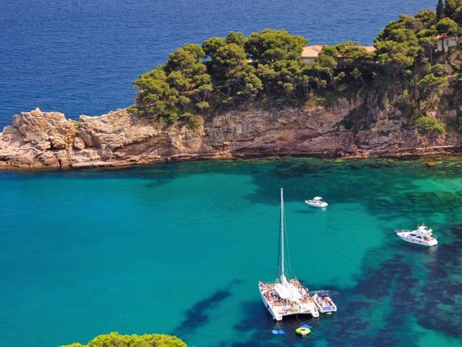 4 jours en stage de yoga et visites culturelles en Catalogne, Espagne