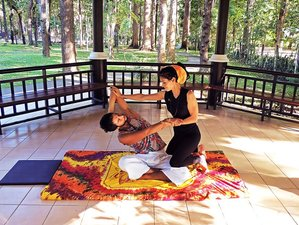 10 Days Thai Massage Course and Yoga Retreat in Nepal