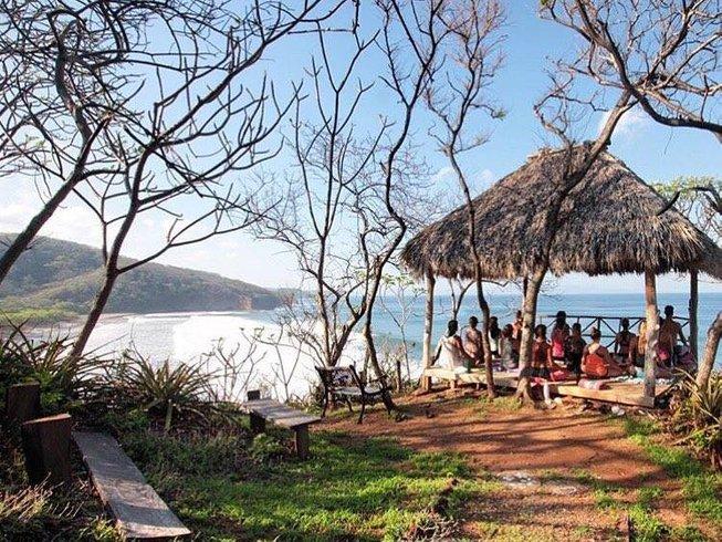8 jours en stage de yoga et surf tout compris dans un paradis naturel au Nicaragua