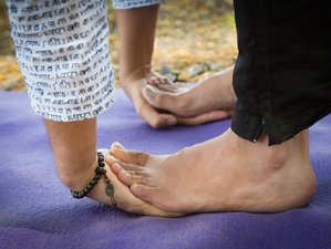 6 Days Budget Yoga and Chanting Retreat in Spain
