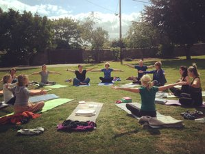 4 Days Inner Peace and Positive Mindset Luxury Weekend Yoga Retreat in Oxfordshire, UK