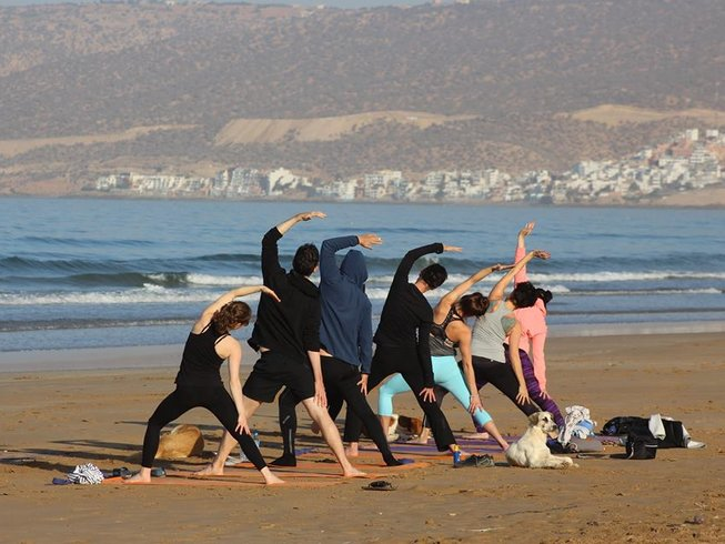 6 jours incroyables en stage de yoga et surf à Agadir, Maroc