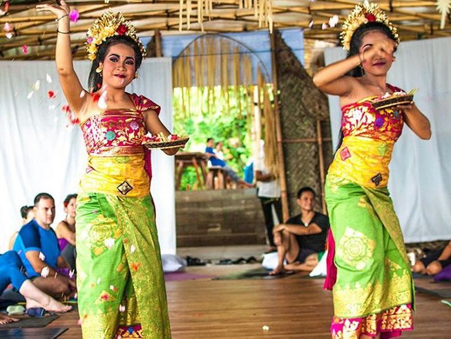 13 Days 100hr AcroVinyasa Teacher Training in Bali, Indonesia