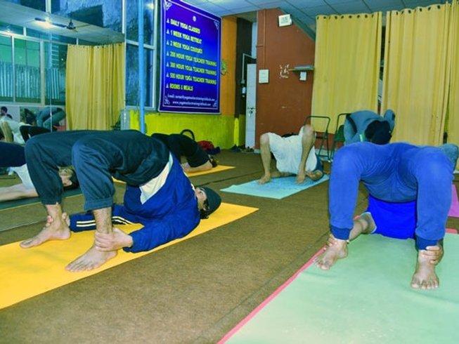 7 Days 100-Hour Pregnancy Yoga Teacher Training in Rishikesh, India