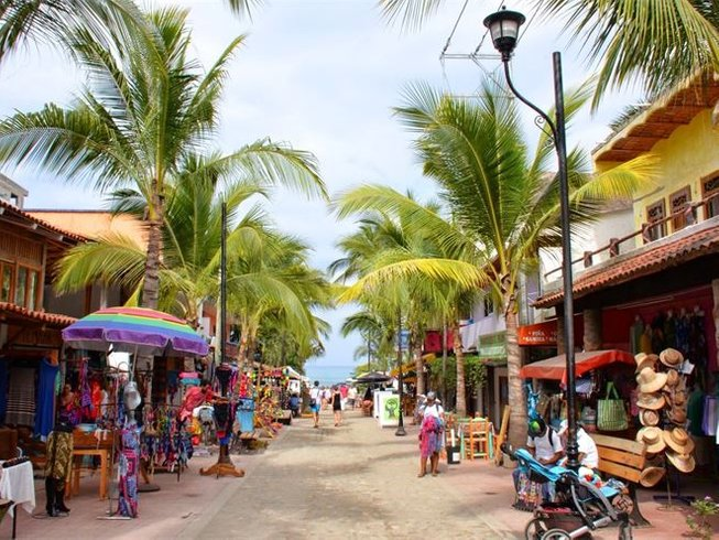 6 Days Beach Lovers' Yoga Retreat in Sayulita, Mexico