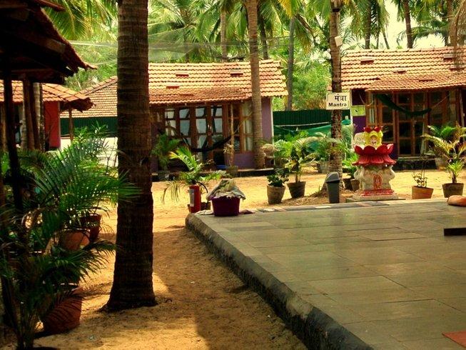 26 días 200 horas profesorado de Ashtanga Vinyasa yoga en Goa, India