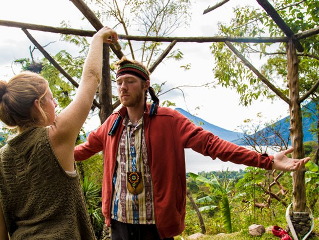 31 días, 300 horas profesorado de yoga avanzado en San Marcos La Laguna, Guatemala