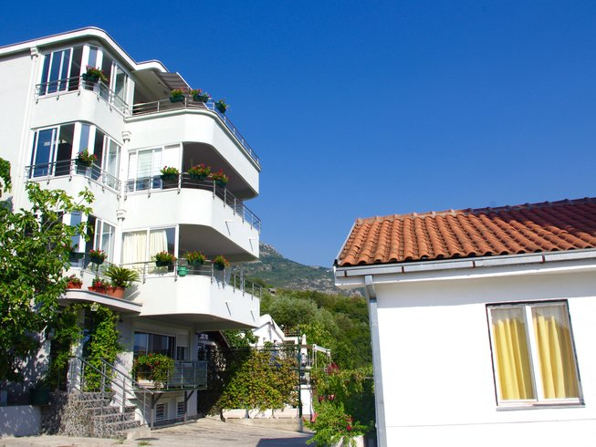 8 Days Yoga and Meditation Retreat in Petrovac, Montenegro