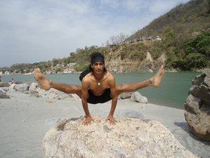 27 días 200 horas de profesorado de yoga Ashtanga y meditación en India