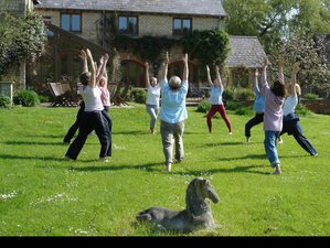 6 Days Mindfulness Meditation and Yoga Retreat in Cotswolds, UK