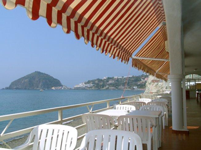 5 Days Wonderful SUP Yoga Retreat in Ischia, Italy