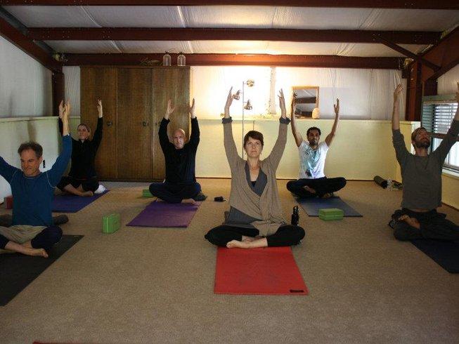 6 Days Yoga and Hiking Retreat in California, USA