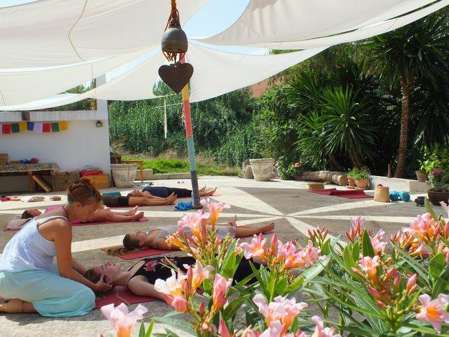 4 jours en stage de yoga, peinture et méditation en Andalousie, Espagne
