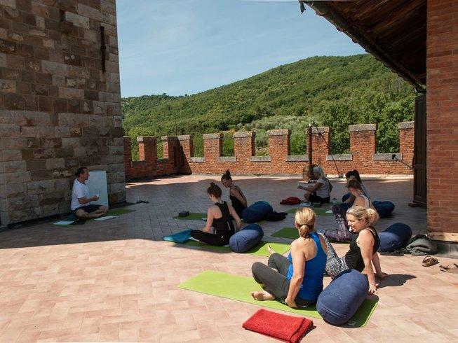 21-Daagse 200-urige Vinyasa Yoga Docentenopleiding in Toscane, Italië