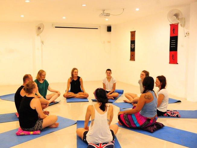 12-Daagse Ontwakende Detox en Yoga Retraite in Surat Thani, Thailand