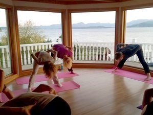 7 Days Amazing Winter Yoga Holiday in Lyngen, Norway