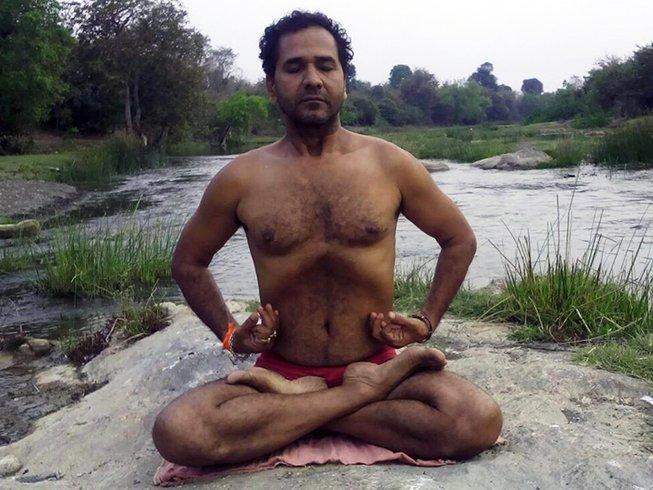 21 Days Basic Yoga Teacher Training India