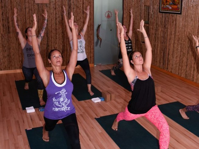 6 Days Yoga and Surf Camp Costa Rica
