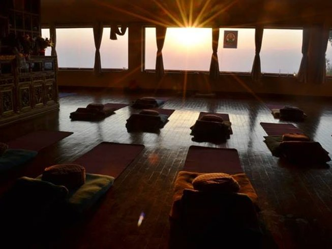 15 Days Yoga and Trekking Retreat in Everest, Nepal