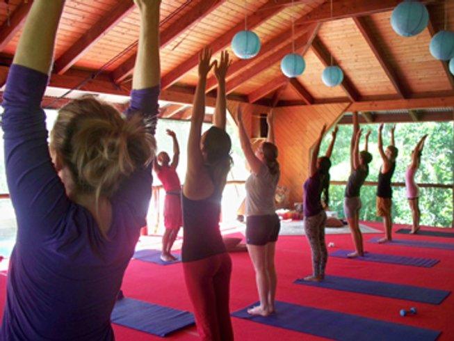 8 Days Rejuvenation Yoga Retreats in Hawaii