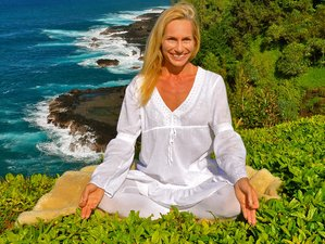 6 Day Yoga and Meditation Retreat with Swimming with Dolphins in Hawaii