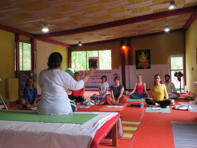 14 Days 100hr Meditation and Yoga Teacher Training in Rishikesh, India