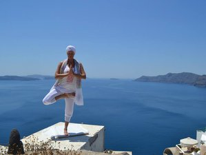 8 Days Santorini Pilates and Yoga Retreat in Greece