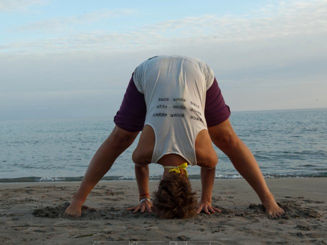 8 Days Iyengar Yoga Retreat in Crete, Greece