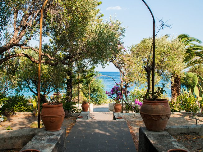 8 Days Total Relax Beach Yoga Retreat in Sicily, Italy