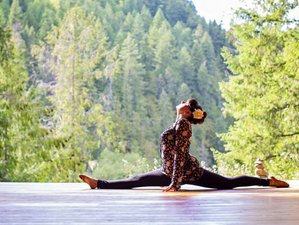 5 Day Flow and Restore Yoga Holiday in Boston Bar, British Columbia