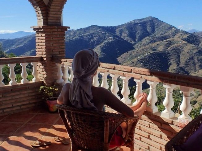 6 Days Meditation, Yoga and Healthy Eating Retreat in Valencia, Spain