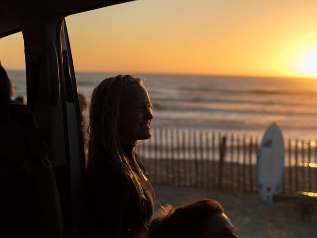 5 Days Getaway Feral Surf Camp in Gironde, France