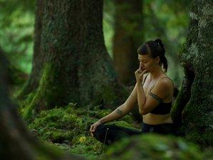 6 Tage Eine Reise in Dein Bewusstsein mit Yoga, Meditation und Breathwork mit Tashina Viola in Scuol