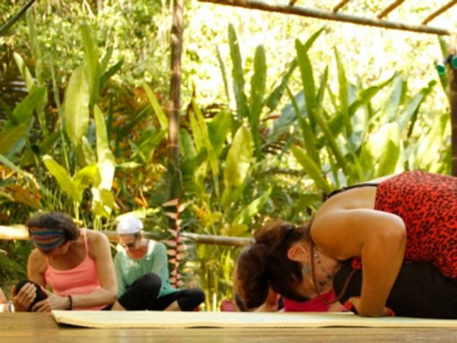 5 Days Diva's Detox Yoga Retreat in Costa Rica