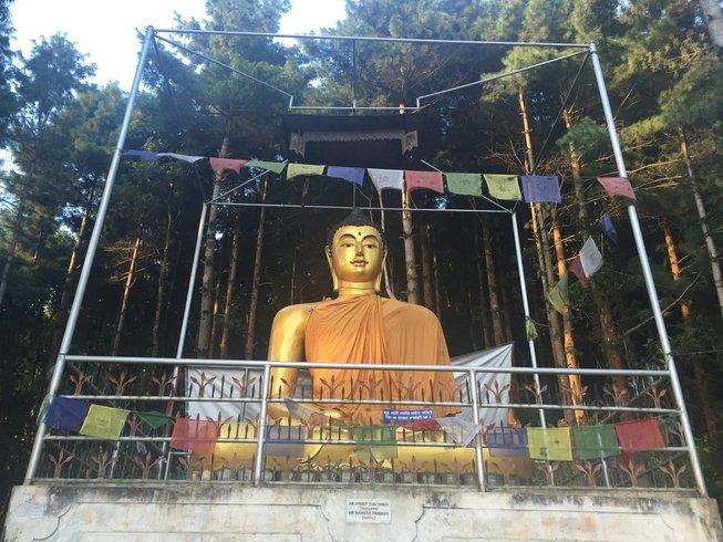 7 ours en stage de yoga kundalini et activation des chakras à Kathmandu, Népal