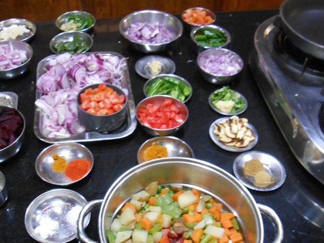 7 Days Cooking Holiday in Kerala, India