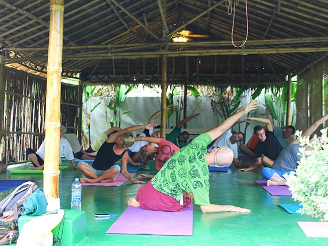 7 Days Raw Food Soul Nourishing Detox and Yoga Retreat in Thailand