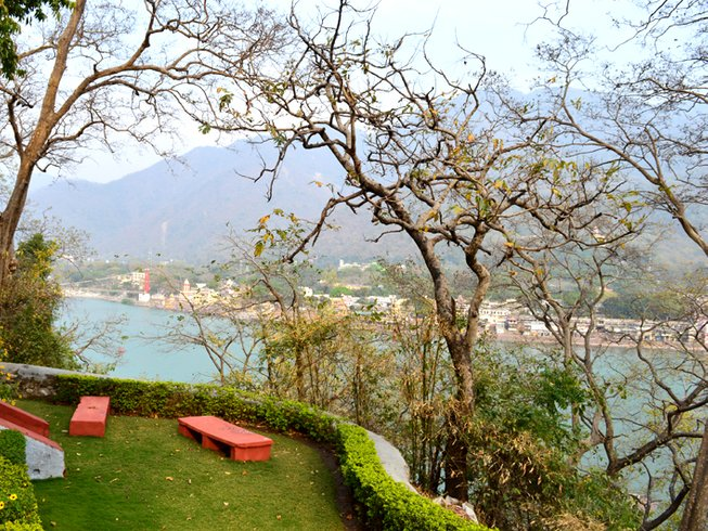 45 Days 300-Hour YTT in Rishikesh, India
