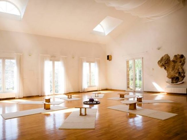 5 Days Mindfulness Yoga Retreat in Spain