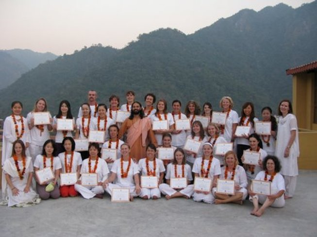 30 Days 200hr Traditional Ashram YTT in India