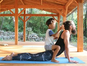 6 Day Family Yoga Retreat with Swimming, Craft Activities, and Children in Arpaillargues, Occitanie