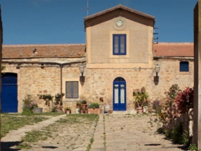 7 Days of Yoga and Cooking in Case Vecchie, Sicily