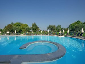 4 Days Yoga Retreat at a Spa Hotel in Lake Garda, Italy
