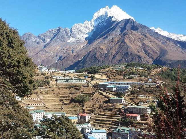 12-Daagse Everest Panoramische Trekking en Yoga Retraite in Nepal