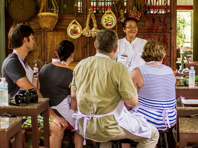 8 Days Lively Food Tours & Cooking Holiday Thailand