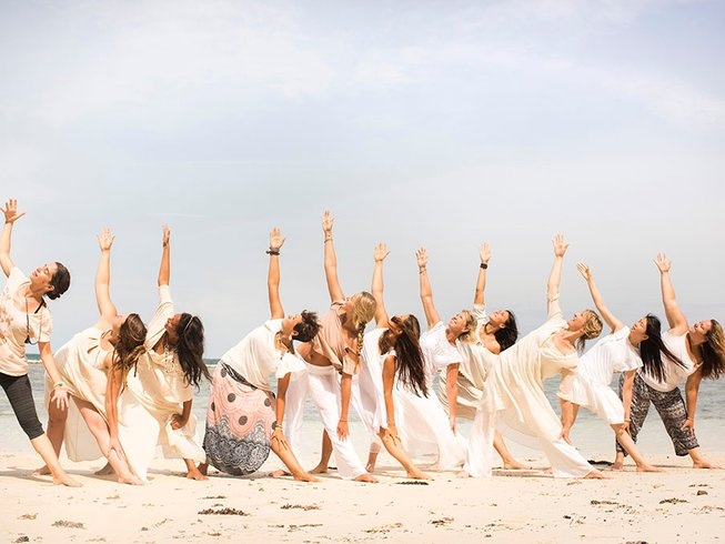 29-Daagse 200-urige Yoga Docentenopleiding voor Vrouwen in Nieuw-Zeeland