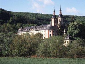 6 Tage Yoga, Meditation und Yogaphilosophie in der Besonderen Energie des Klosters Oberzell, Bayern