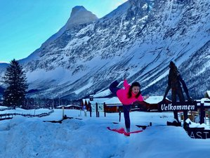 6 Days Arctic Yoga with Aurora / Northern Lights in Kirkenes, Norway