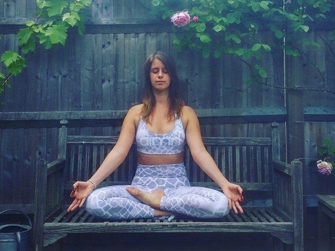 6 Days Luxury Aromatherapy and Yoga Retreat in Viterbo, Italy