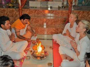 27 Tage 200-Stunden Pranayama Lehrer Ausbildung und Yoga Retreat in Rishikesh, Indien
